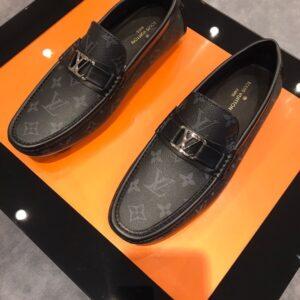 Giày lười Louis Vuitton siêu cấp họa tiết hoa sao màu đen GLLV37