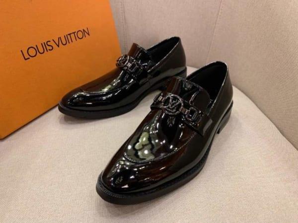 Giày lười Louis Vuitton đế cao họa tiết da bóng đế cao GLLV21