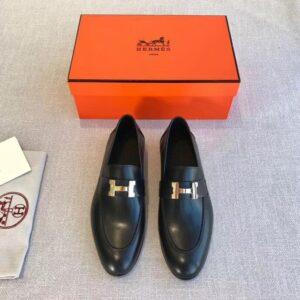 Giày lười Hermes siêu cấp họa tiết khóa chữ H màu đen GLHM02
