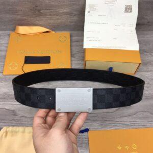 Thắt lưng nam Louis Vuitton siêu cấp khóa vuông khắc chữ logo TLLV11