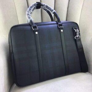 Túi xách nam Burberry siêu cấp màu đen họa tiết kẻ TXBB01