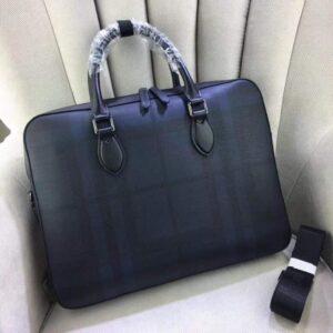 Túi xách nam Burberry siêu cấp màu đen quai xách TXBB03