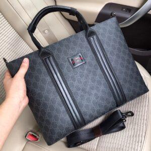 Túi xách nam Gucci siêu cấp màu đen họa tiết trắng TXGC12