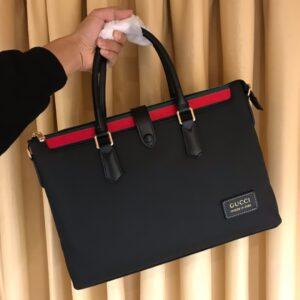Túi xách nam Gucci siêu cấp màu đen lỳ miệng túi tag xanh đỏ TXGC19