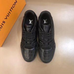 Giày louis Vuitton siêu cấp nam màu đen họa tiết da rắn GNLV08