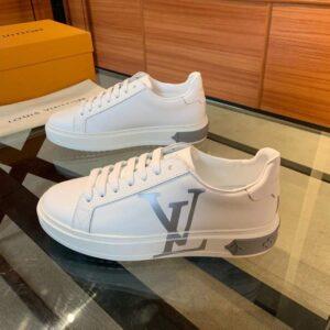 Giày nam Louis Vuitton siêu cấp hoạ tiết logo bạc màu trắng GNLV02