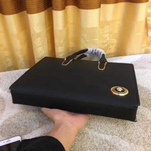 Túi xách nam Versace siêu cấp da sần logo góc TNV01