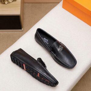 Giày lười Hermes siêu cấp họa tiết tuần lộc màu đen GLH20