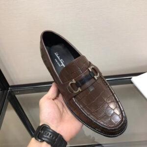 Giày lười Salvatore Ferragamo siêu cấp họa tiết da rạn màu đen GNSF06