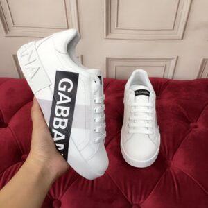 Giày nam Dolce Gabbana siêu cấp họa tiết chữ màu trắng GND03
