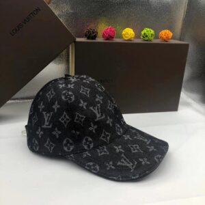 Mũ Louis Vuitton nam siêu cấp họa tiết hoa đen MNLV02