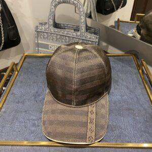 Mũ nam Louis Vuitton siêu cấp họa tiết viền kẻ dọc MNLV07