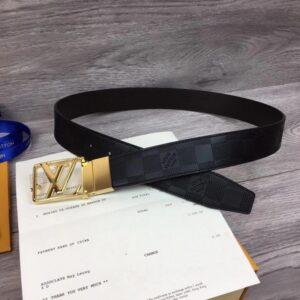Thắt lưng Louis Vuitton hoạ tiết caro dập chìm logo lồng vàng TLLV32