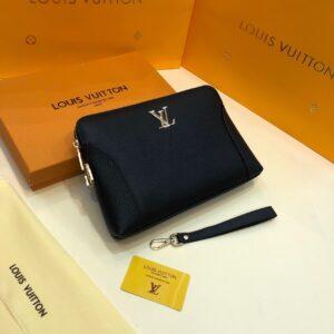 Ví nam Louis Vuitton siêu cấp cầm tay da nhăn khoá vàng VNLV43
