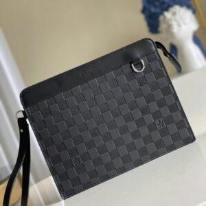 Ví nam Louis Vuitton like au cầm tay hoạ tiết caro chìm màu đen VNLV66